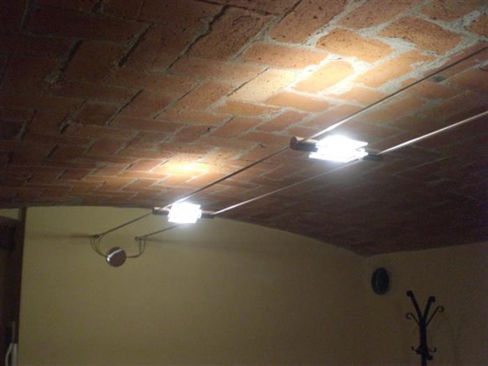 Impianto di illuminazione metalspot serie eos su lapulce