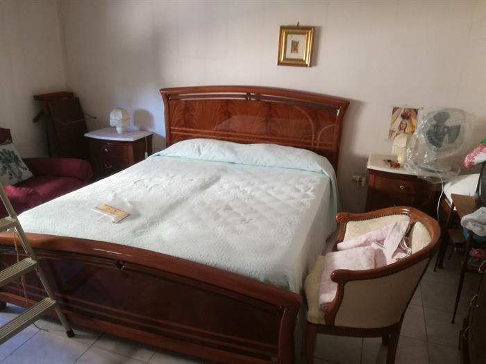 Camere da letto in legno di ciliegio elisa camere da for Camera da letto matrimoniale usata