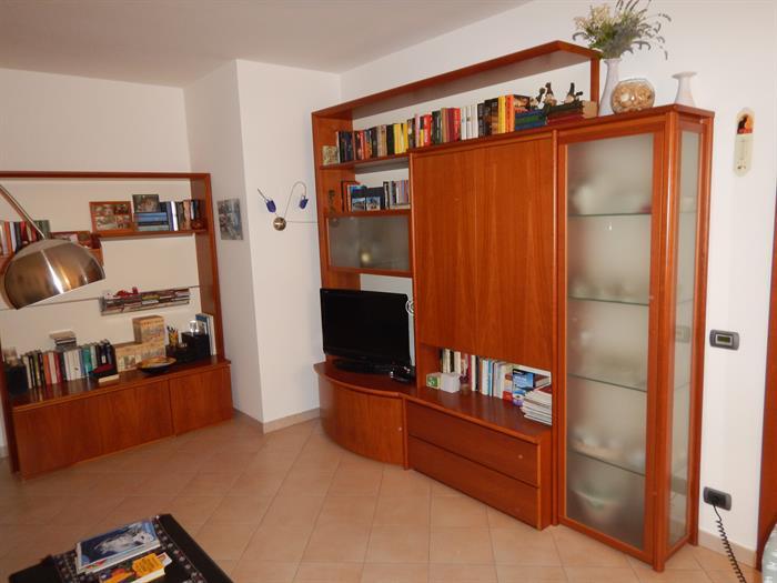 SOGGIORNO IN CILIEGIO su LaPulce.it arredamento casa,