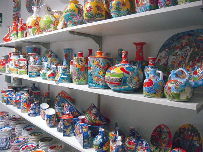 Ceramica De Simone Catania.Ceramiche Giovanni De Simone Su Lapulce It Antiquariato