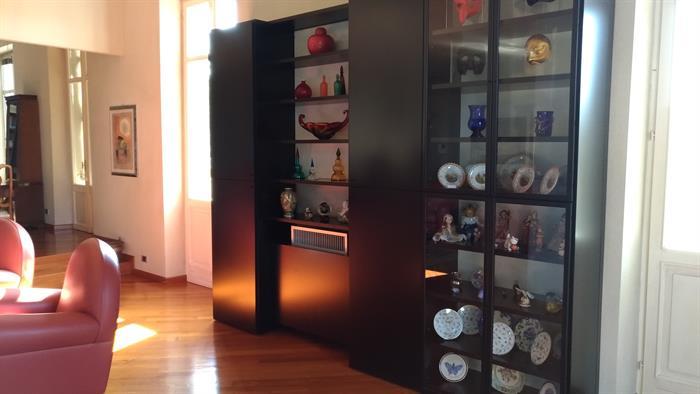 Credenza Shabby Con Rete : Mobile credenza con vetrina su lapulce arredamento casa