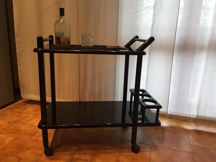 Credenza Per Liquori : Carrello liquori su lapulce.it arredamento casa