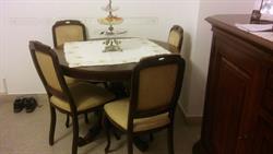 Credenza Con Tavolo : Credenza comÓ con tavolo e sedie su lapulce.it antiquariato