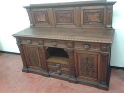 Ripiani In Legno Massello : Mobile di legno massello di una volta stile rinascimentale su