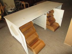 Bancone In Legno Per Negozio : Bancone scrivania su lapulce.it arredamento e attrezzature negozi